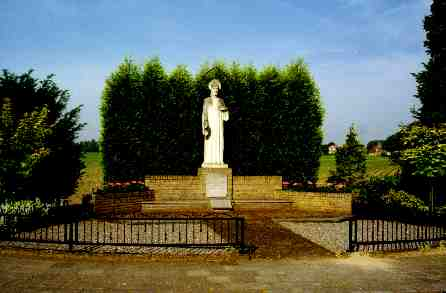Sint Martinuskerk Geulle: Heilig Hart beeld te Oostbroek