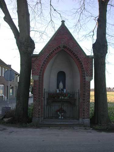 Groeten uit Geulle: Kapel aan de Maas